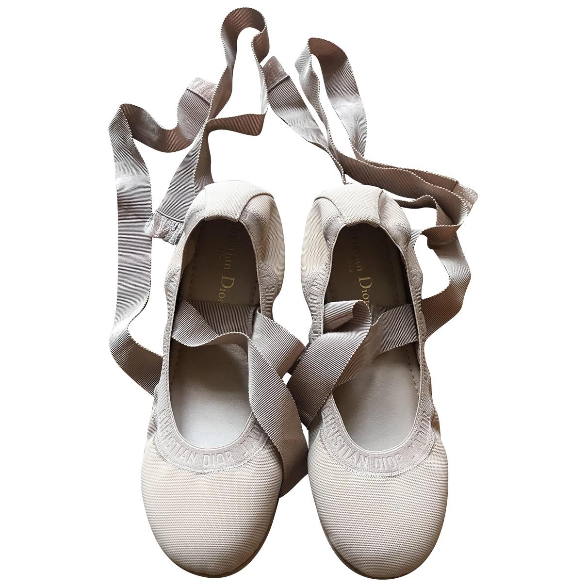 Bailarinas Ballet-D de Lona Dior