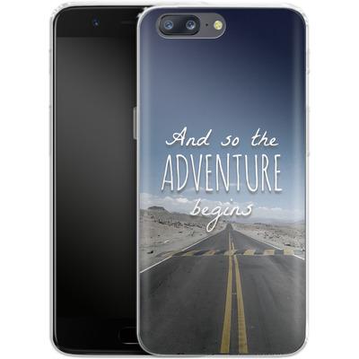 OnePlus 5 Silikon Handyhuelle - And so the Adventure Begins von Joel Perroden