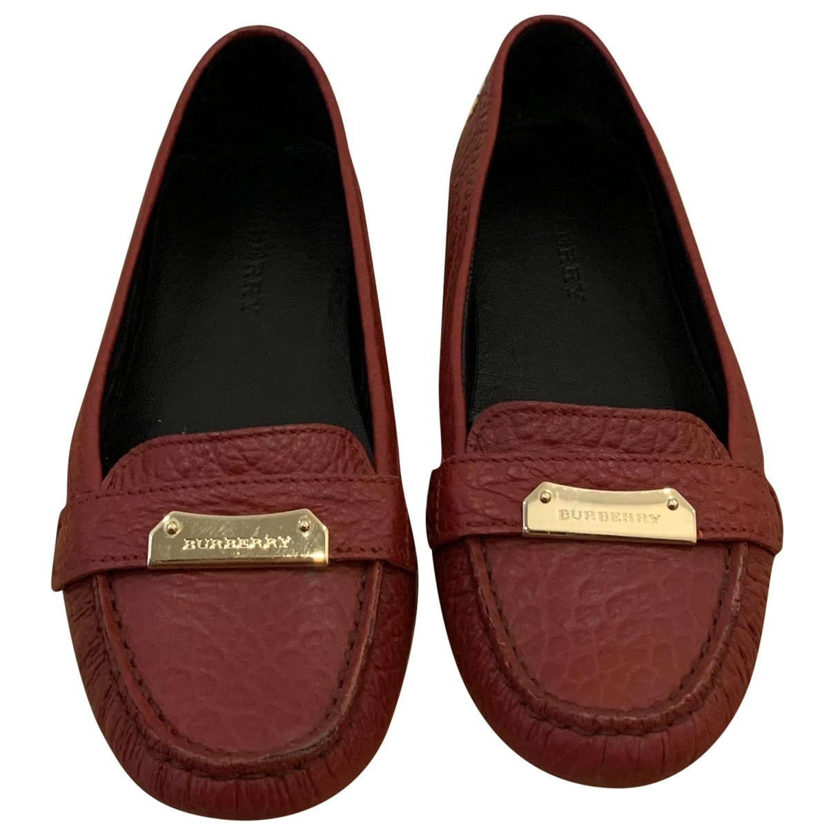 Burberry \N Red Leather Flats for Women 38 EU