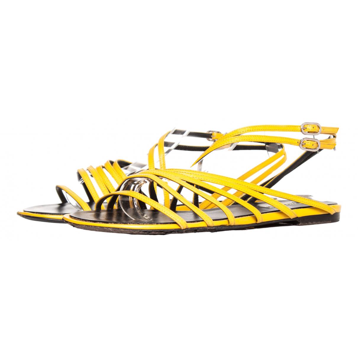 Balenciaga N Yellow Leather Sandals for Women 38.5 EU