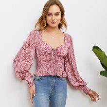 Bluse mit Blumen Muster, Knoten vorn und Ruesche