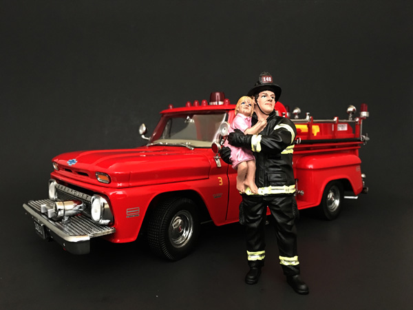 Firefighter Saving Life with Baby Figurine / Figure For 118 Models by American Diorama