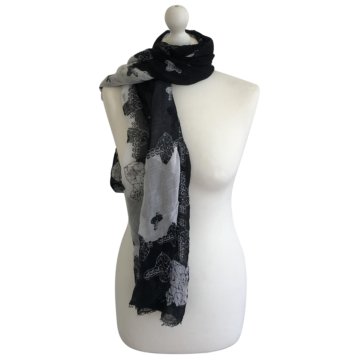 Zadig & Voltaire Fall Winter 2019 Black scarf for Women \N