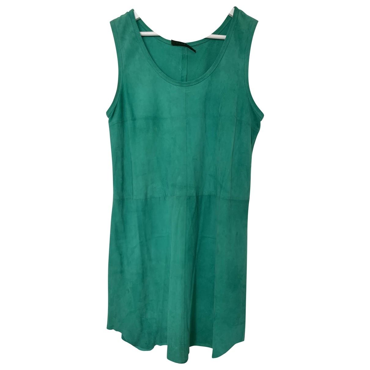 Uterque \N Kleid in  Gruen Veloursleder