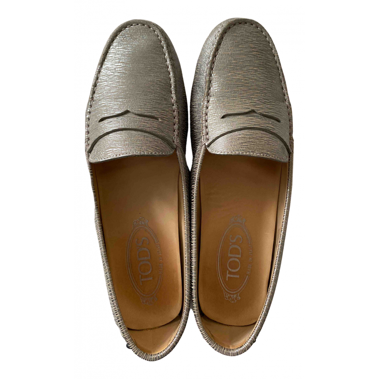 Tod's Gommino Silver Leather Flats for Women 38.5 EU