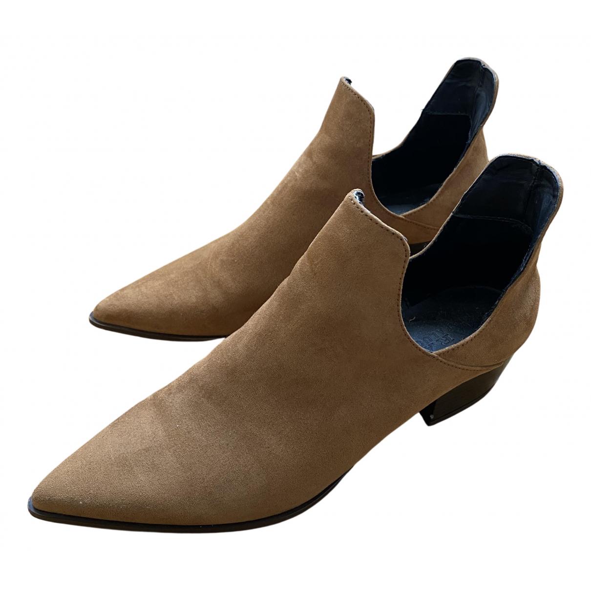 Zara \N Stiefel in  Braun Veloursleder