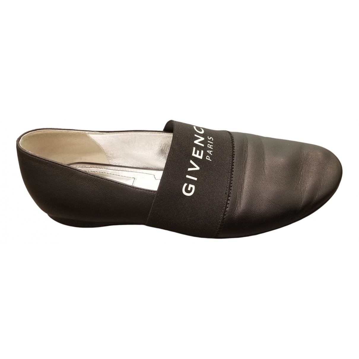 Givenchy \N Black Leather Flats for Women 36 EU