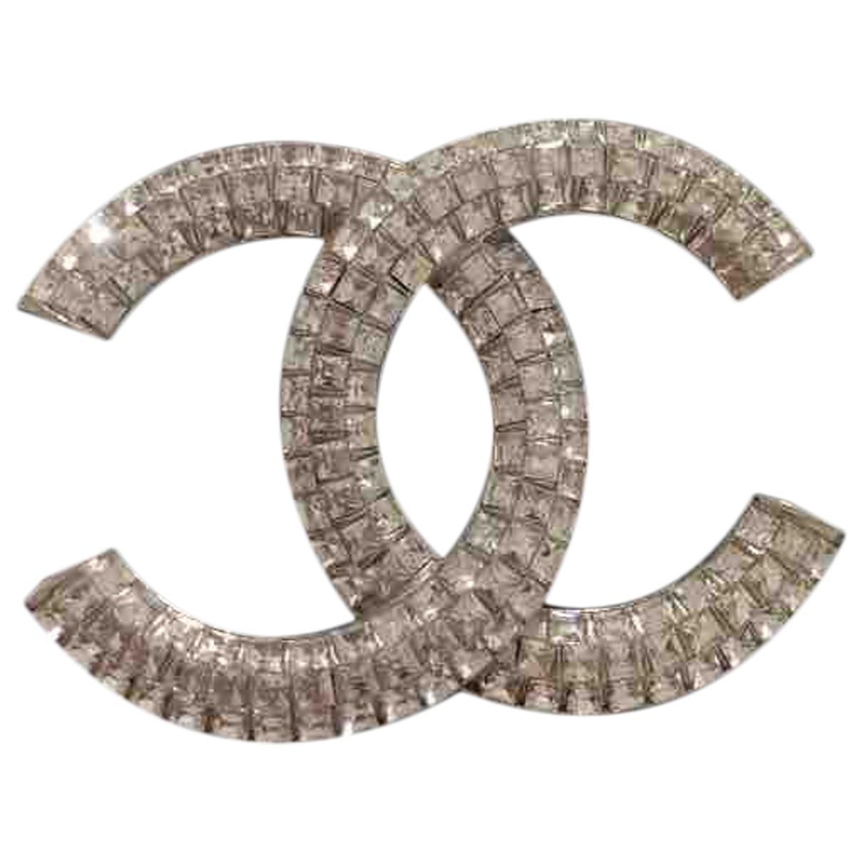Chanel - Broche CC pour femme en cristal