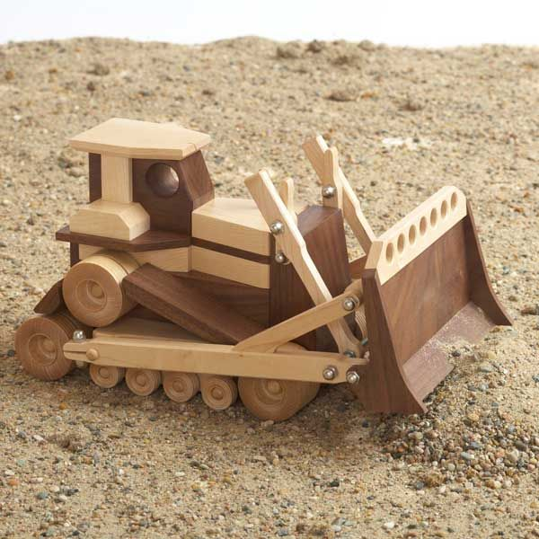 Woodworking Project Paper Plan to Build Construction-Grade Bulldozer