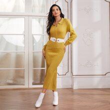 Figurbetontes Kleid mit halber Knopfleiste ohne Guertel