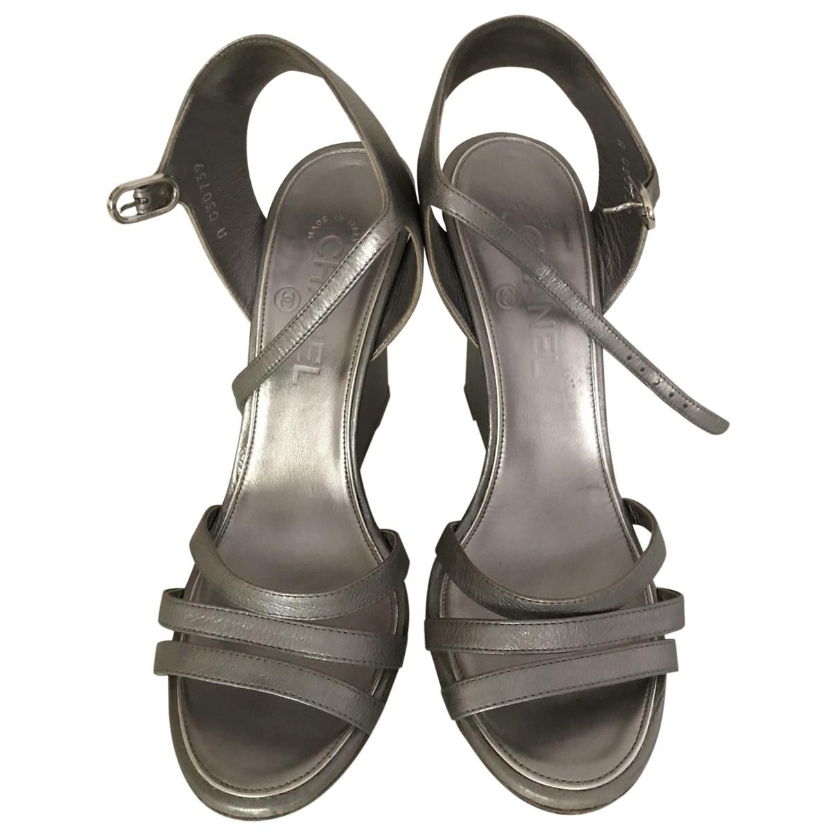 Chanel - Sandales   pour femme en cuir - gris