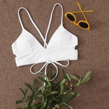 Bikini Top mit Ausschnitt und Band hinten