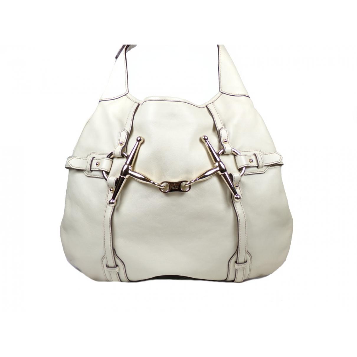 Gucci \N Handtasche in  Beige Leder