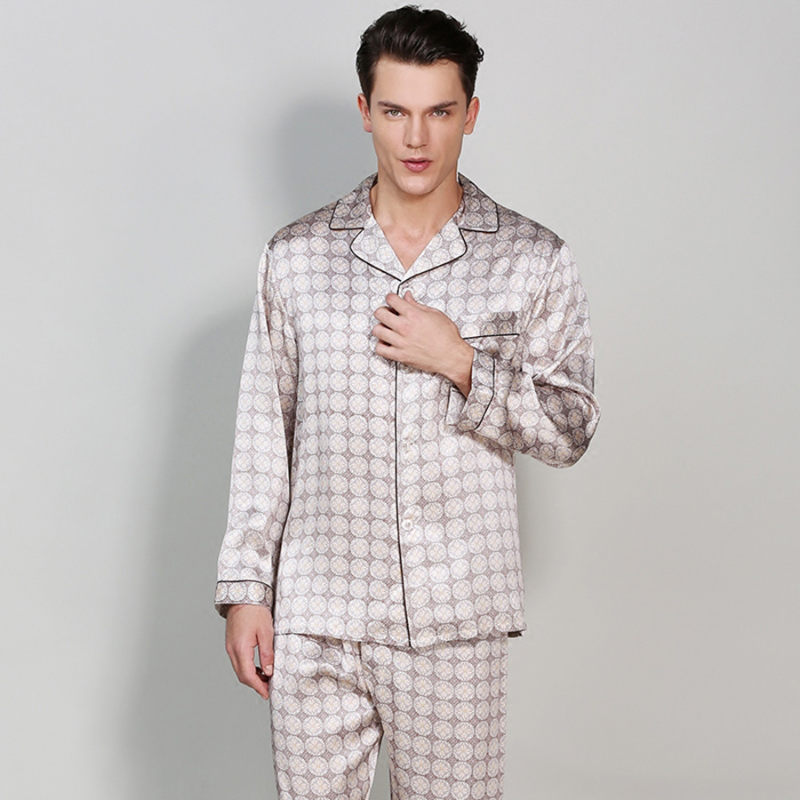 High Quality Mulberry Silk Long Sleeve Male Bathrobe