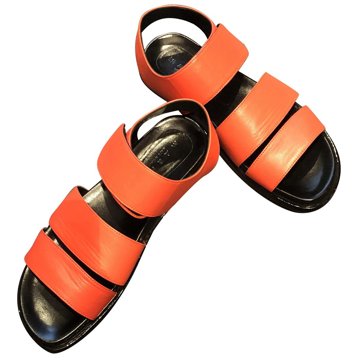 Marni \N Sandalen in  Rot Leder