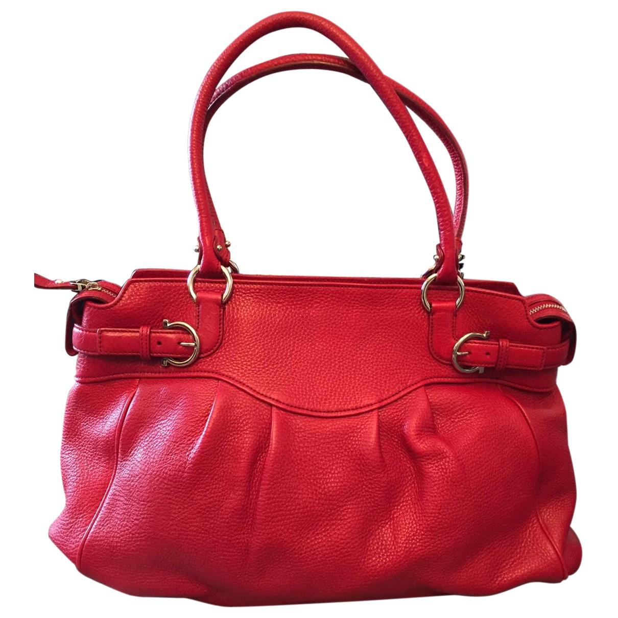 Salvatore Ferragamo N Red Leather handbag for Women N