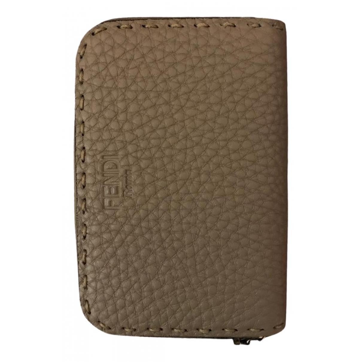 Fendi - Portefeuille   pour femme en cuir - beige