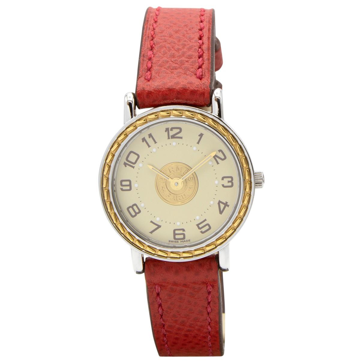 Hermes Sellier Uhr in  Rot Vergoldet