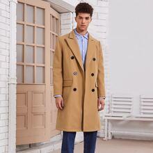 Mantel mit doppelten Knopfleisten und Taschen