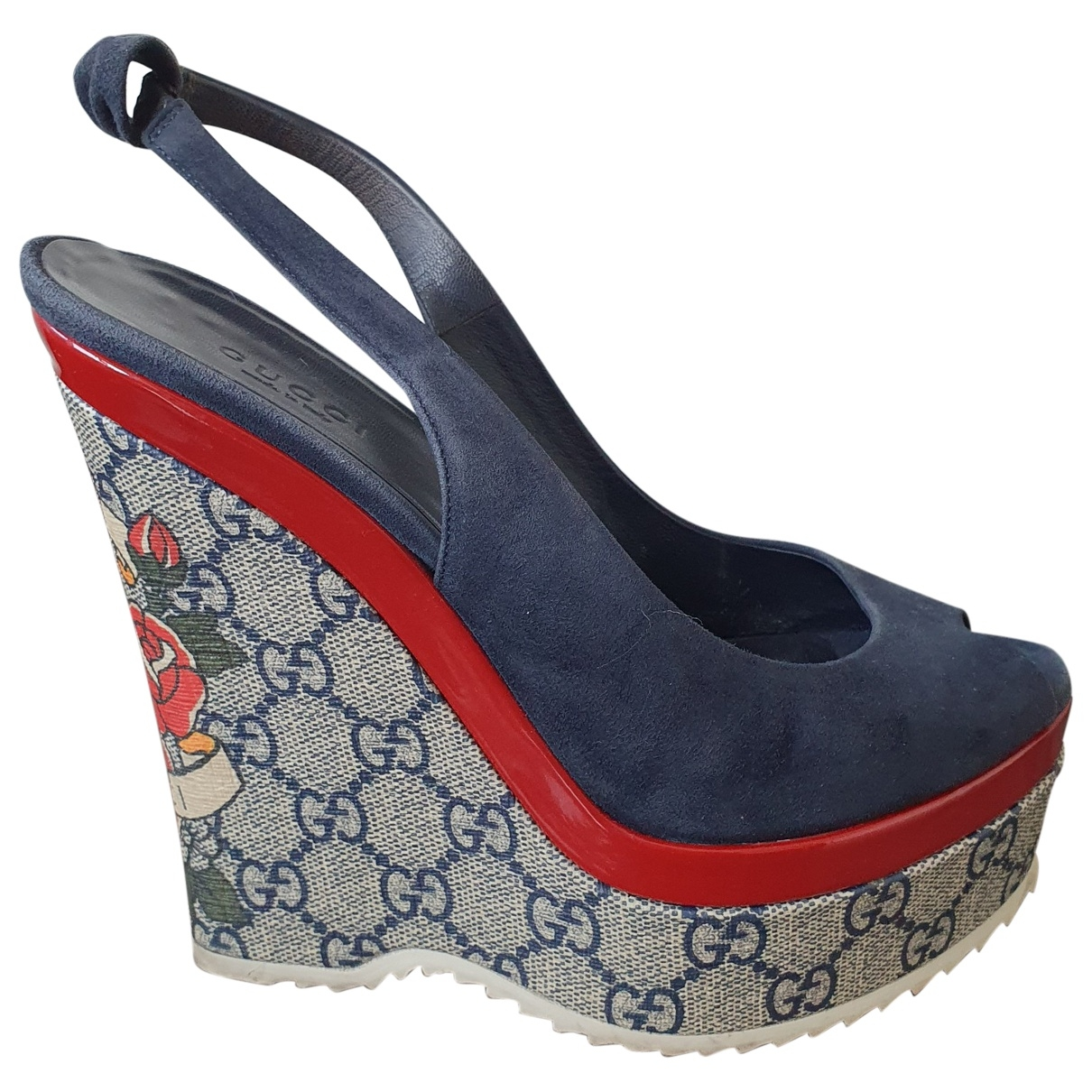 Gucci \N Blue Suede Sandals for Women 37 EU