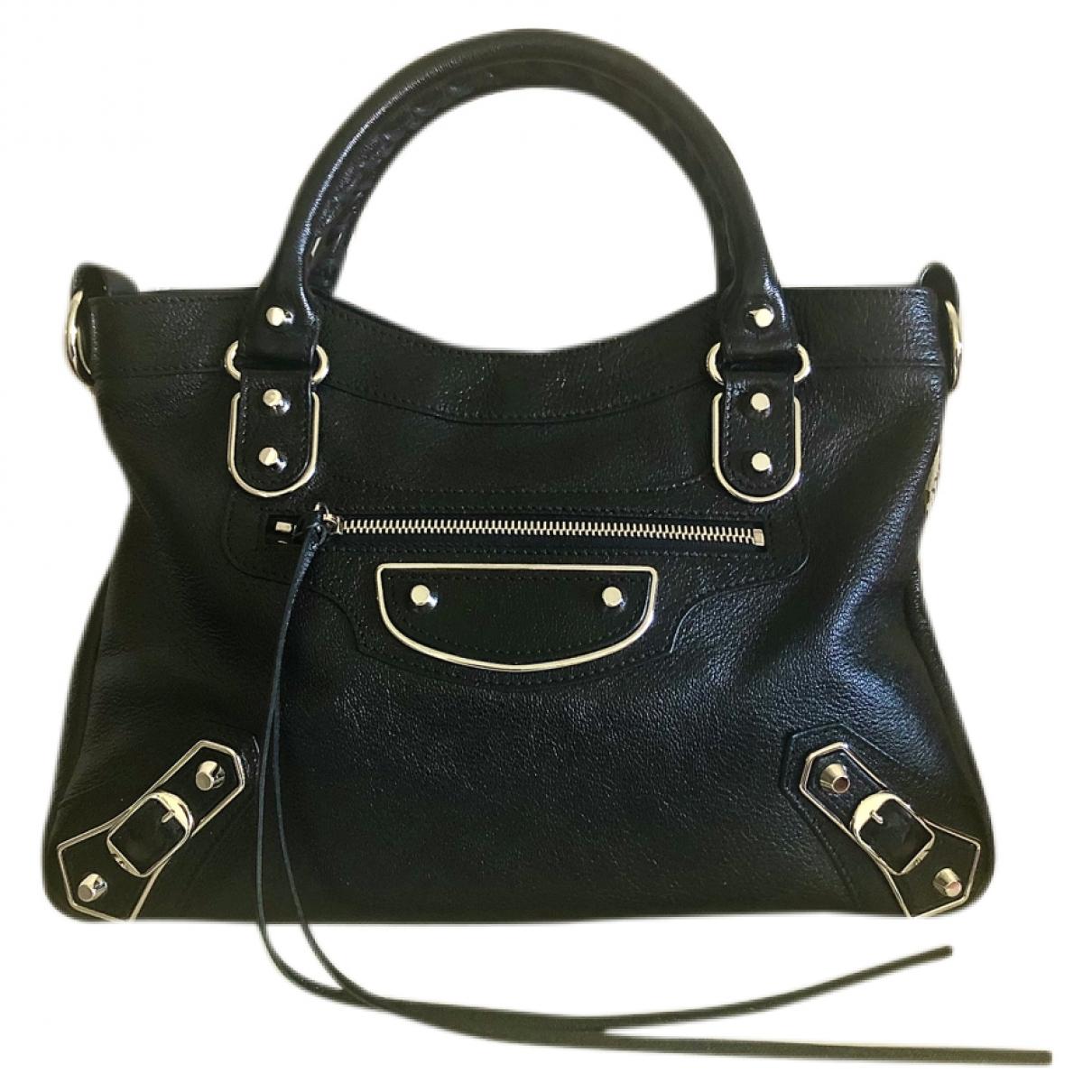 Balenciaga Town Black Leather handbag for Women \N