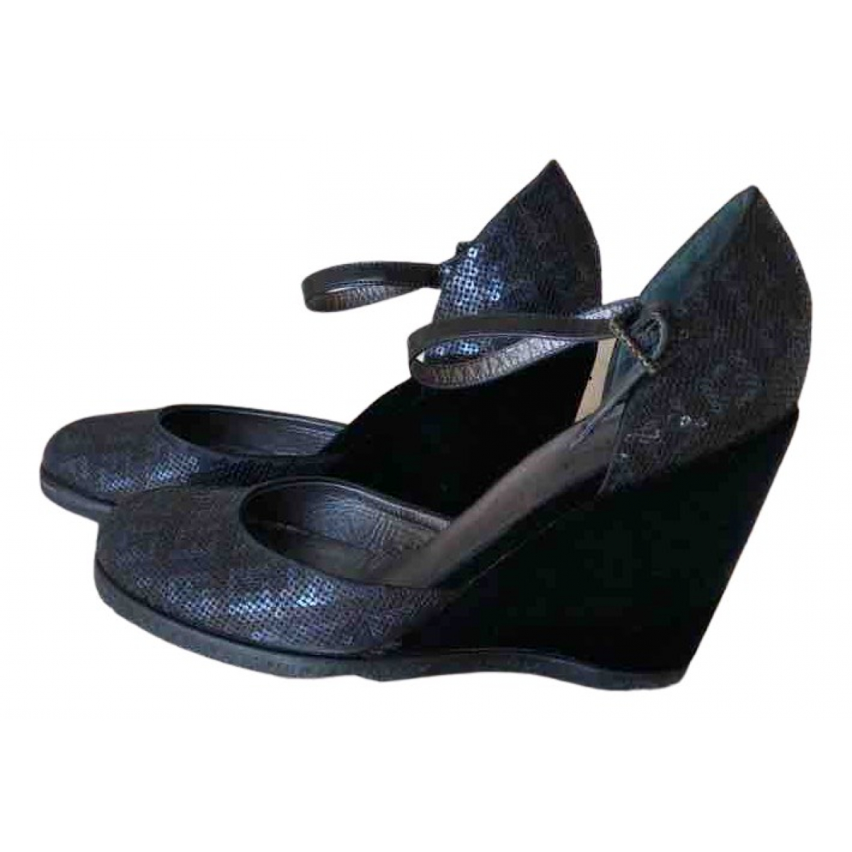 Fendi \N Sandalen in  Schwarz Leinen
