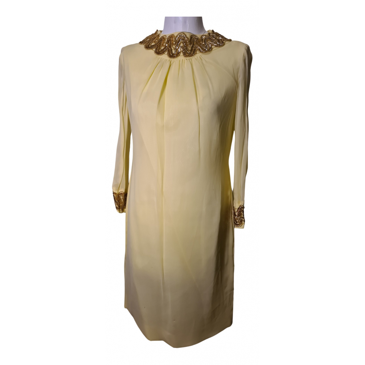 Non Signé / Unsigned \N Yellow dress for Women 38 FR