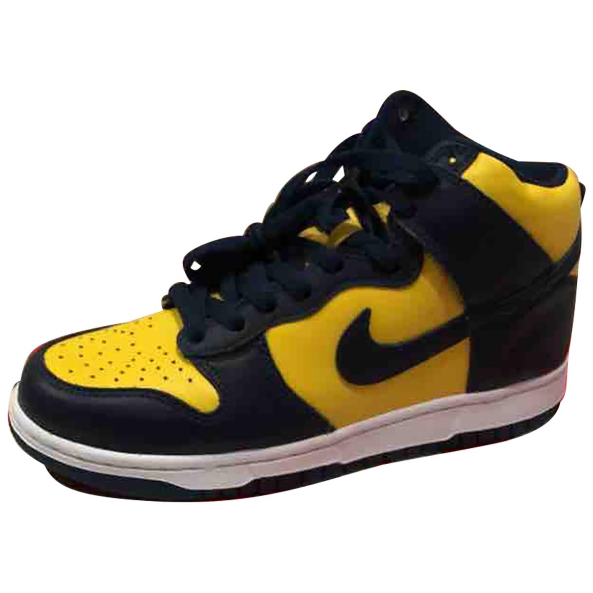 Nike SB Dunk  Sneakers in  Blau Leder