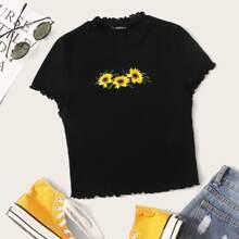 Plus Lettuce Trim Sunflower Embroidery Rib-knit Top