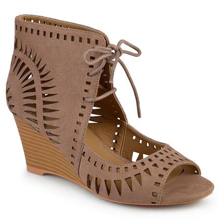 Journee Collection Womens Zola Pumps Wedge Heel, 8 1/2 Medium, Brown