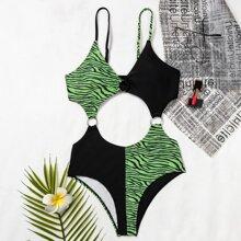 Einteiliger Badeanzug mit Zebra Streifen und Ausschnitt