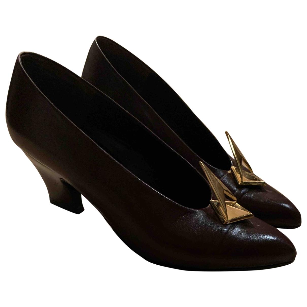 Charles Jourdan \N Brown Leather Heels for Women 38 EU