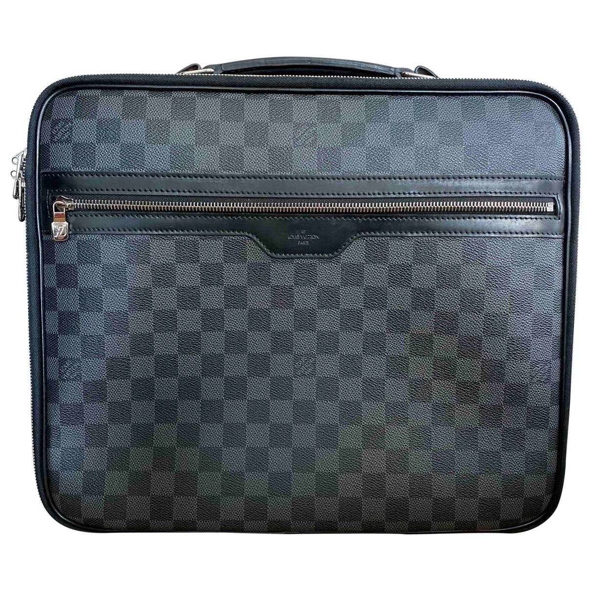 Louis Vuitton Steve Black Cloth bag for Men \N