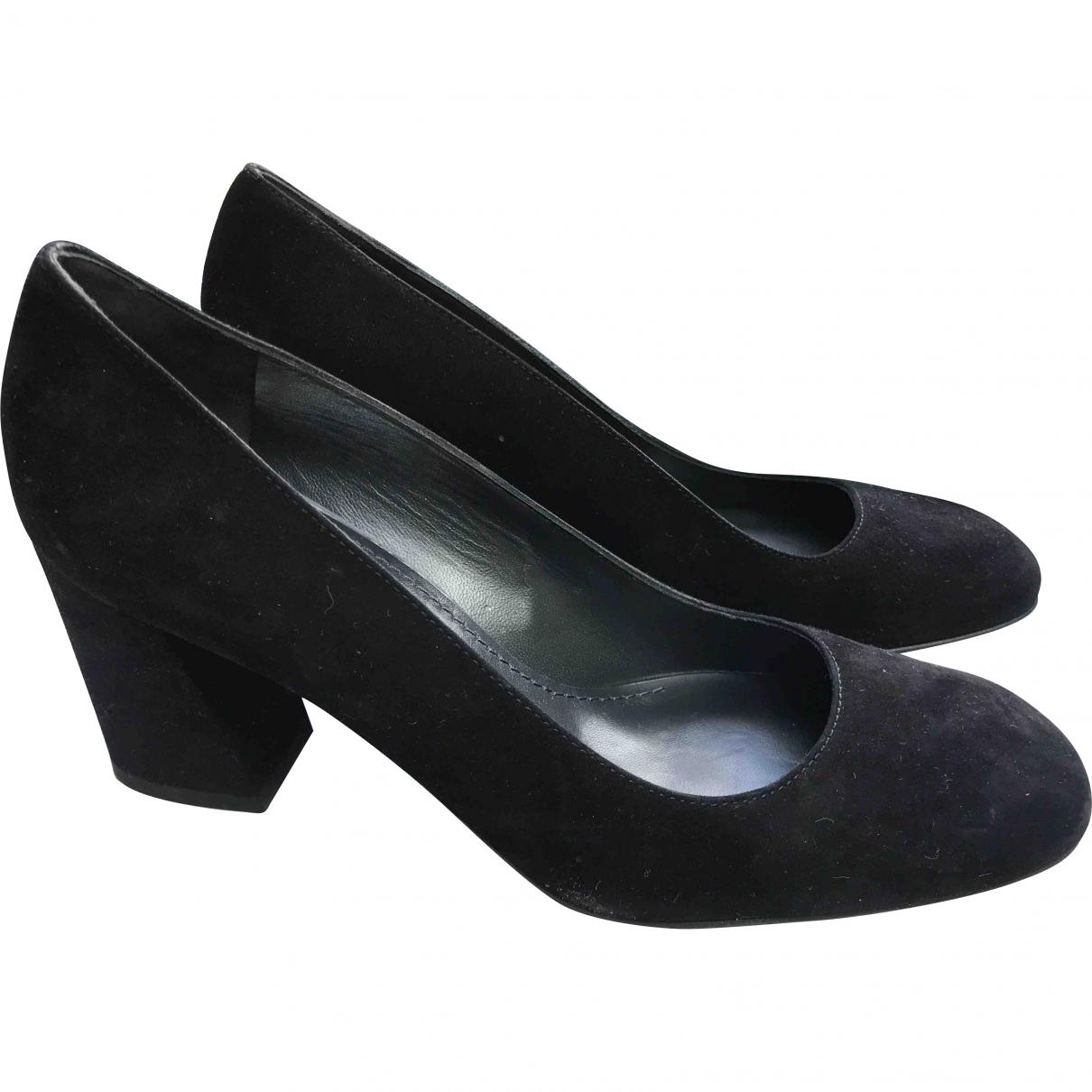 Stuart Weitzman \N Black Suede Heels for Women 39 EU