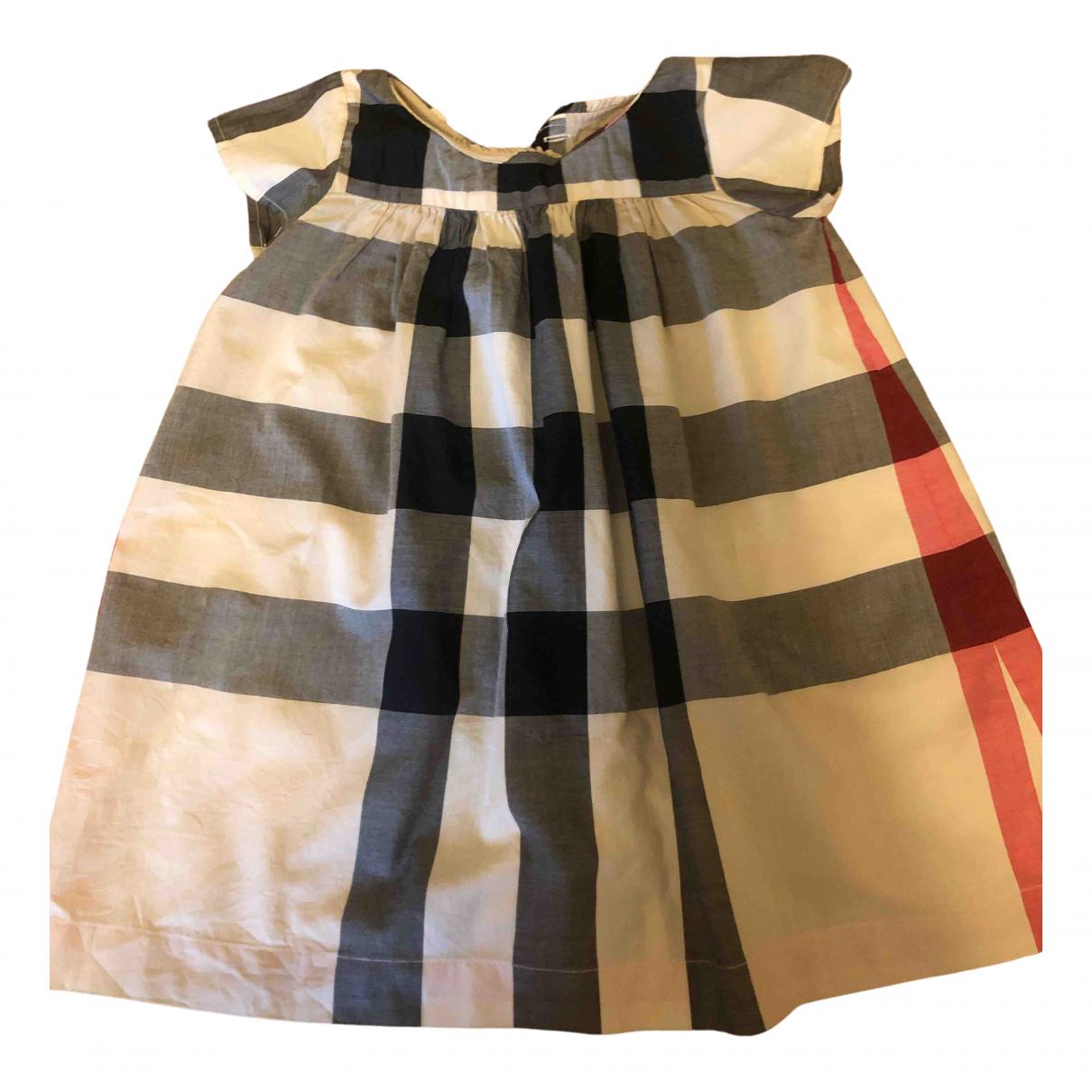 Burberry \N Kleid in  Braun Baumwolle