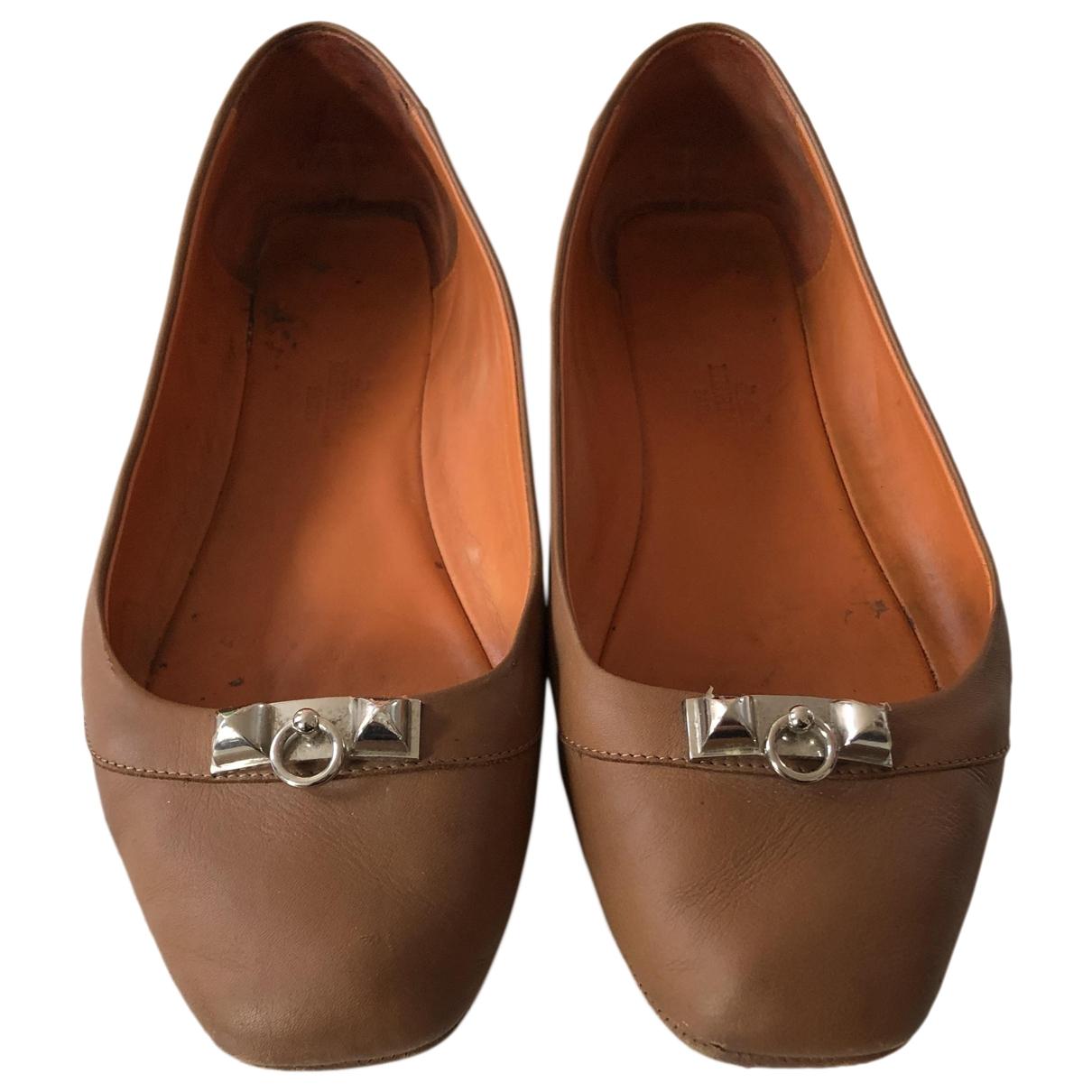 Hermès \N Brown Leather Ballet flats for Women 37 EU