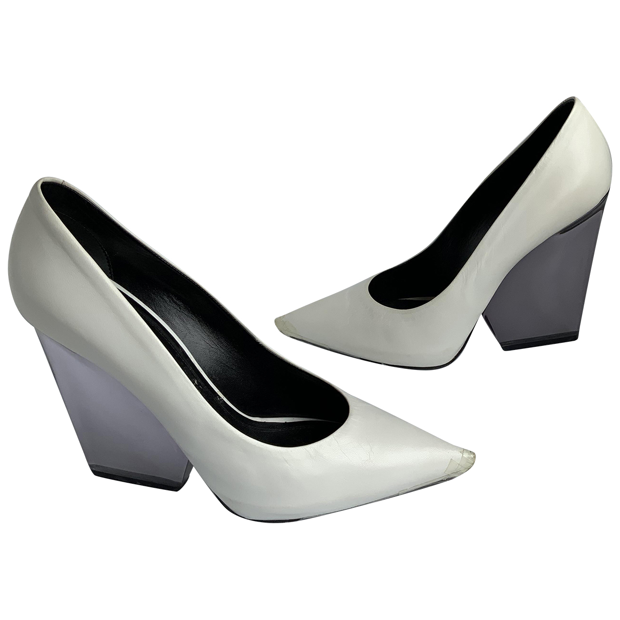 Celine \N Pumps in  Weiss Leder