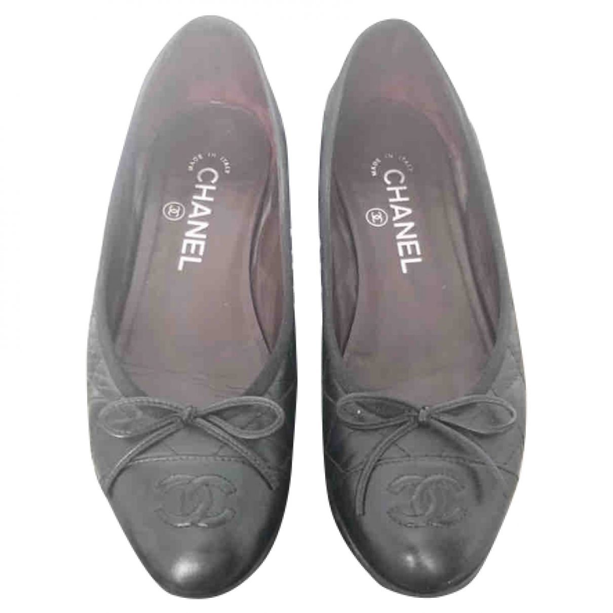 Chanel \N Ballerinas in  Schwarz Leder