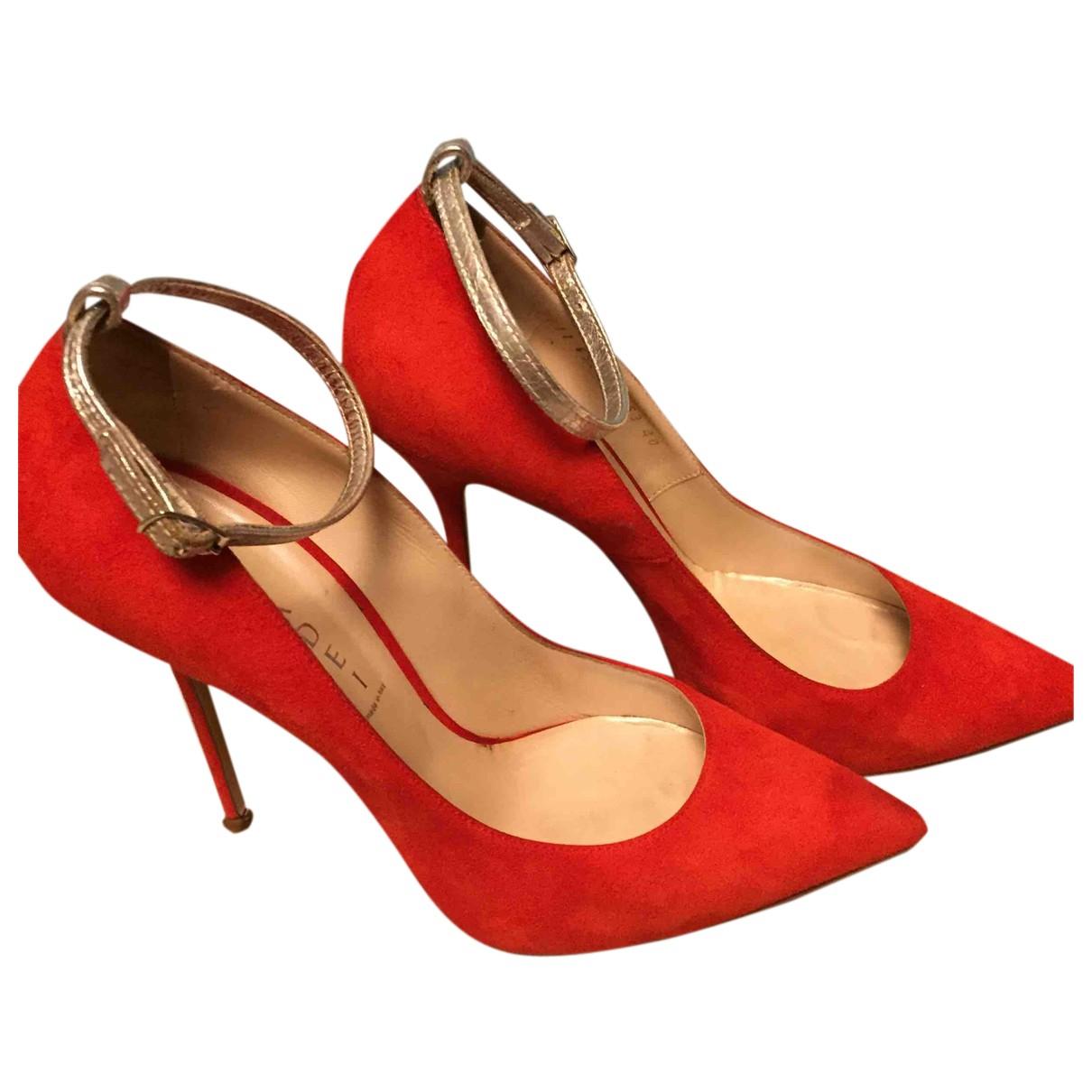 Casadei - Escarpins   pour femme en suede - rouge