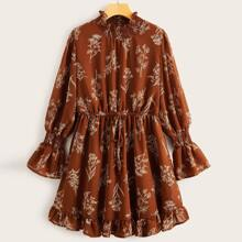 Plus Plants Print Shirred Detail Chiffon Dress