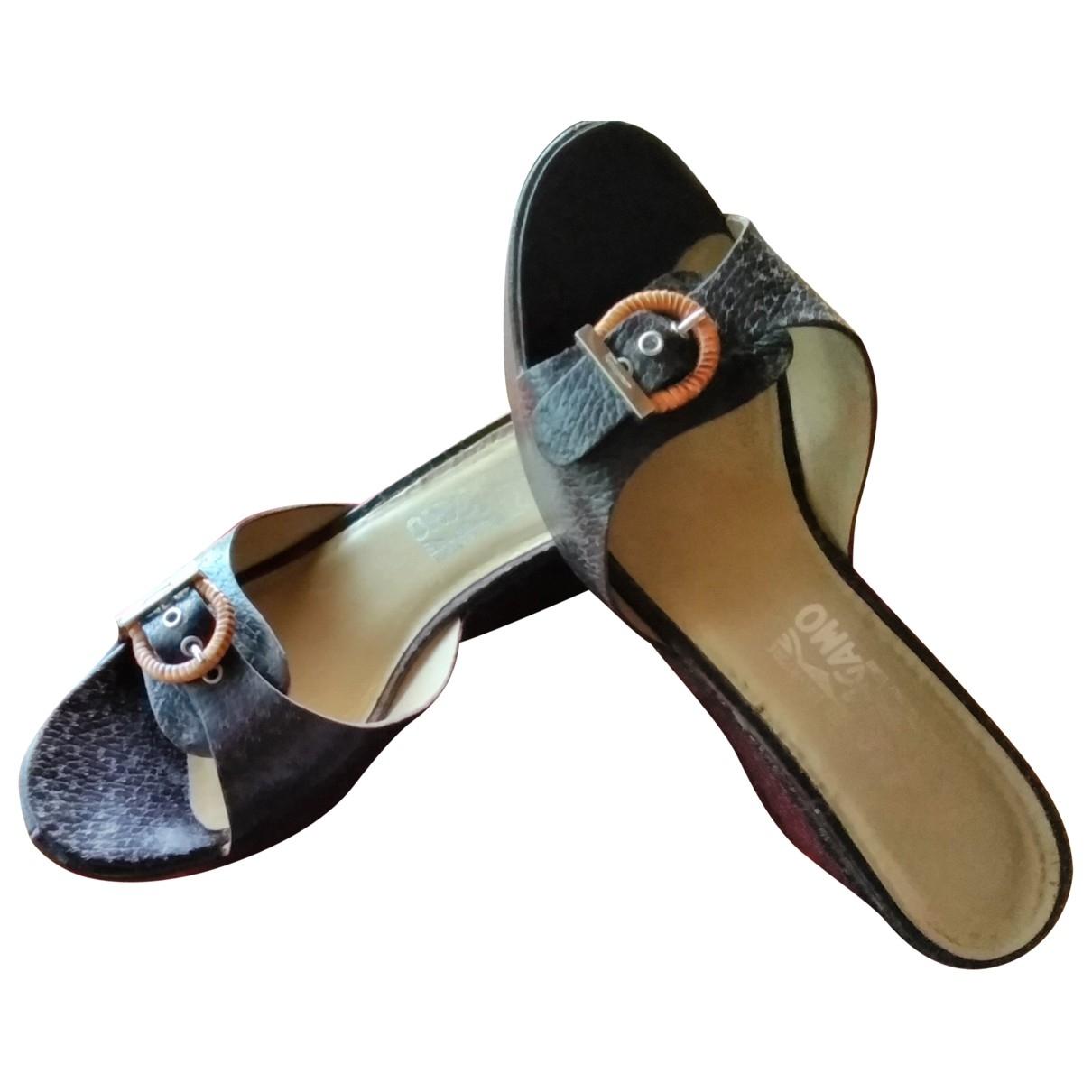 Salvatore Ferragamo \N Brown Leather Mules & Clogs for Women 40 EU
