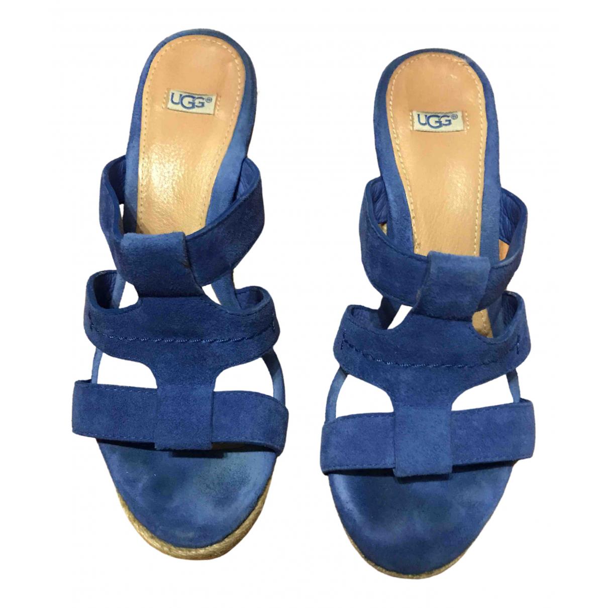 Ugg \N Sandalen in  Blau Veloursleder