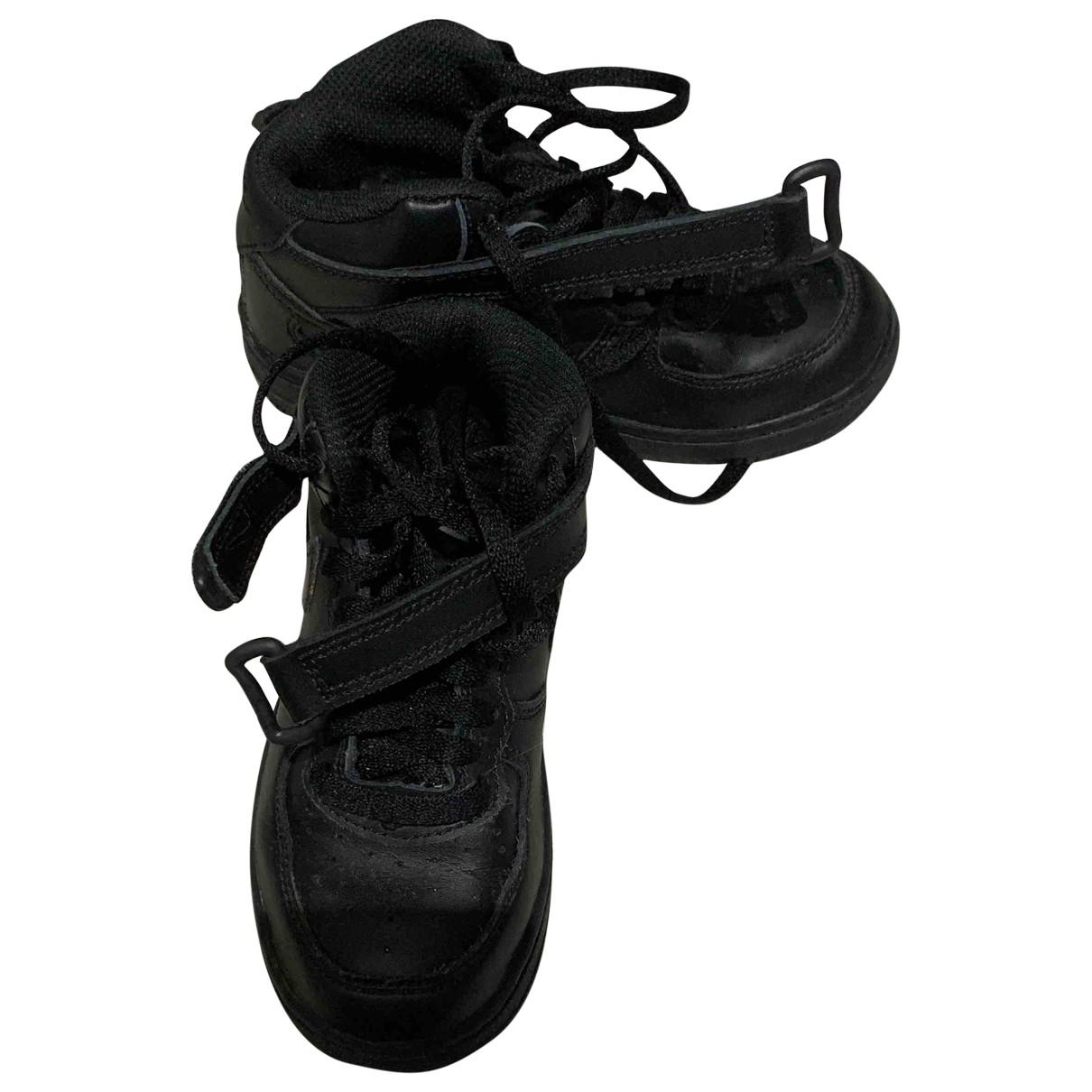 Nike - Baskets Air Force 1 pour enfant en cuir - noir