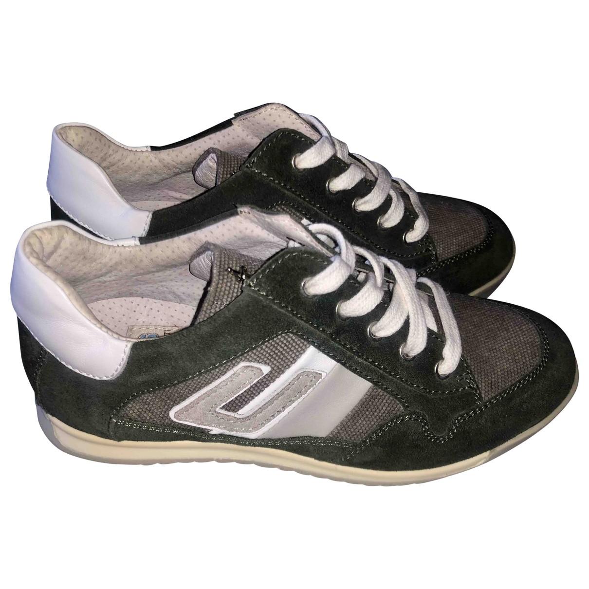Cesare Paciotti \N Sneakers in  Bunt Leder