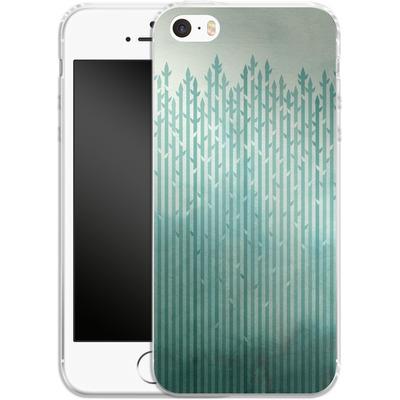 Apple iPhone SE Silikon Handyhuelle - Misty Morning von Little Clyde