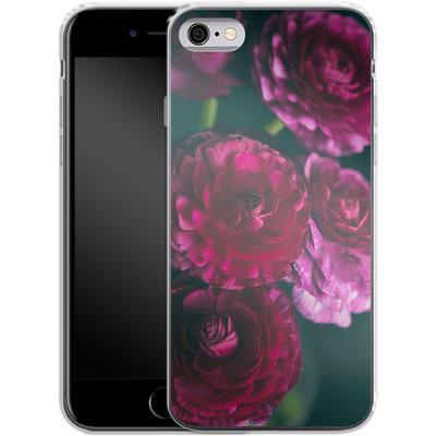 Apple iPhone 6s Silikon Handyhuelle - Purple Ranunculus 2 von Joy StClaire