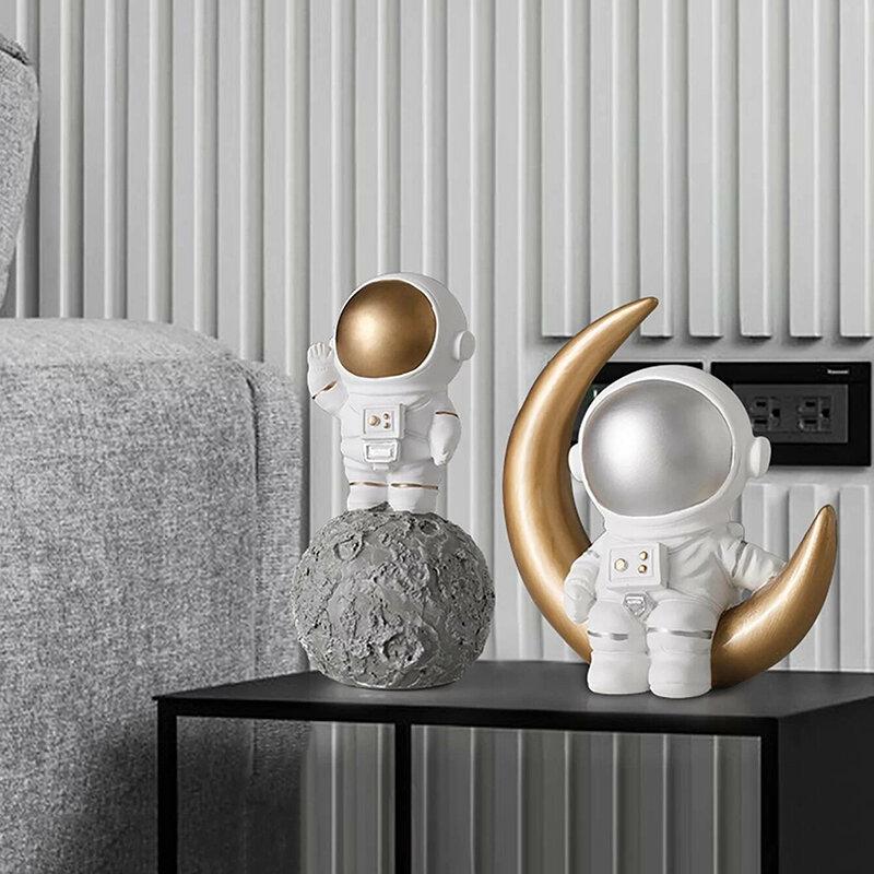 1Pc Nordic Resin Creative Astronaut Sculpture Figurine Craft Desk Home Decoration Accessories