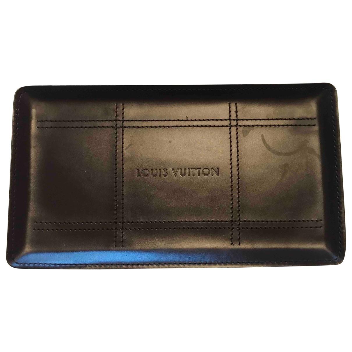 Louis Vuitton \N Accessoires und Dekoration in  Braun Leder