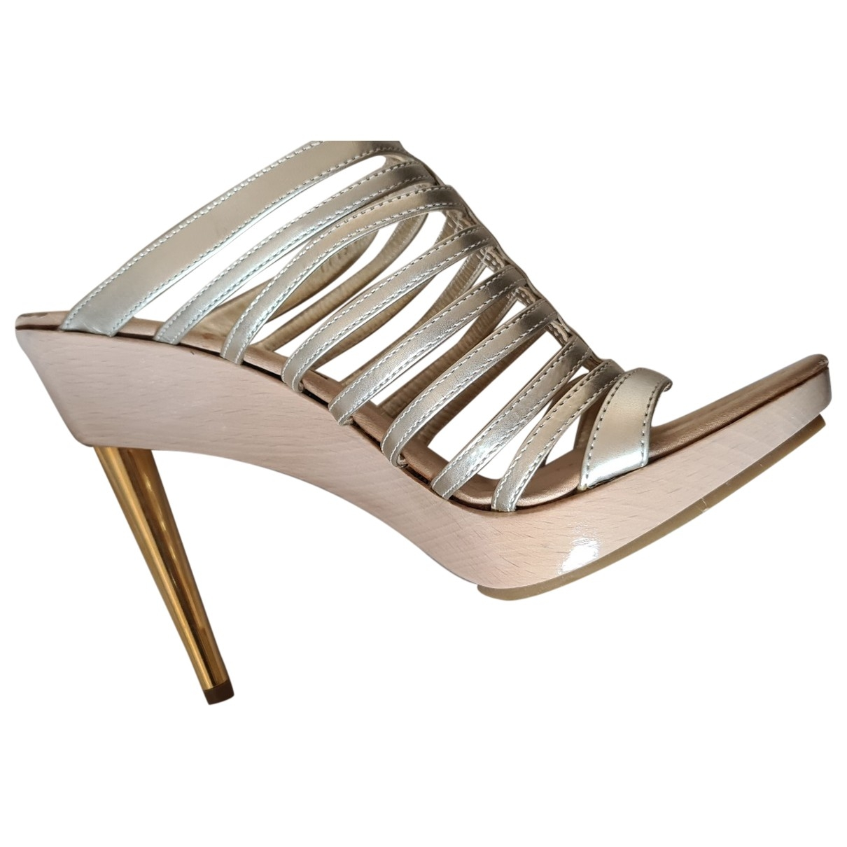 Gianvito Rossi \N Gold Leather Sandals for Women 36.5 EU