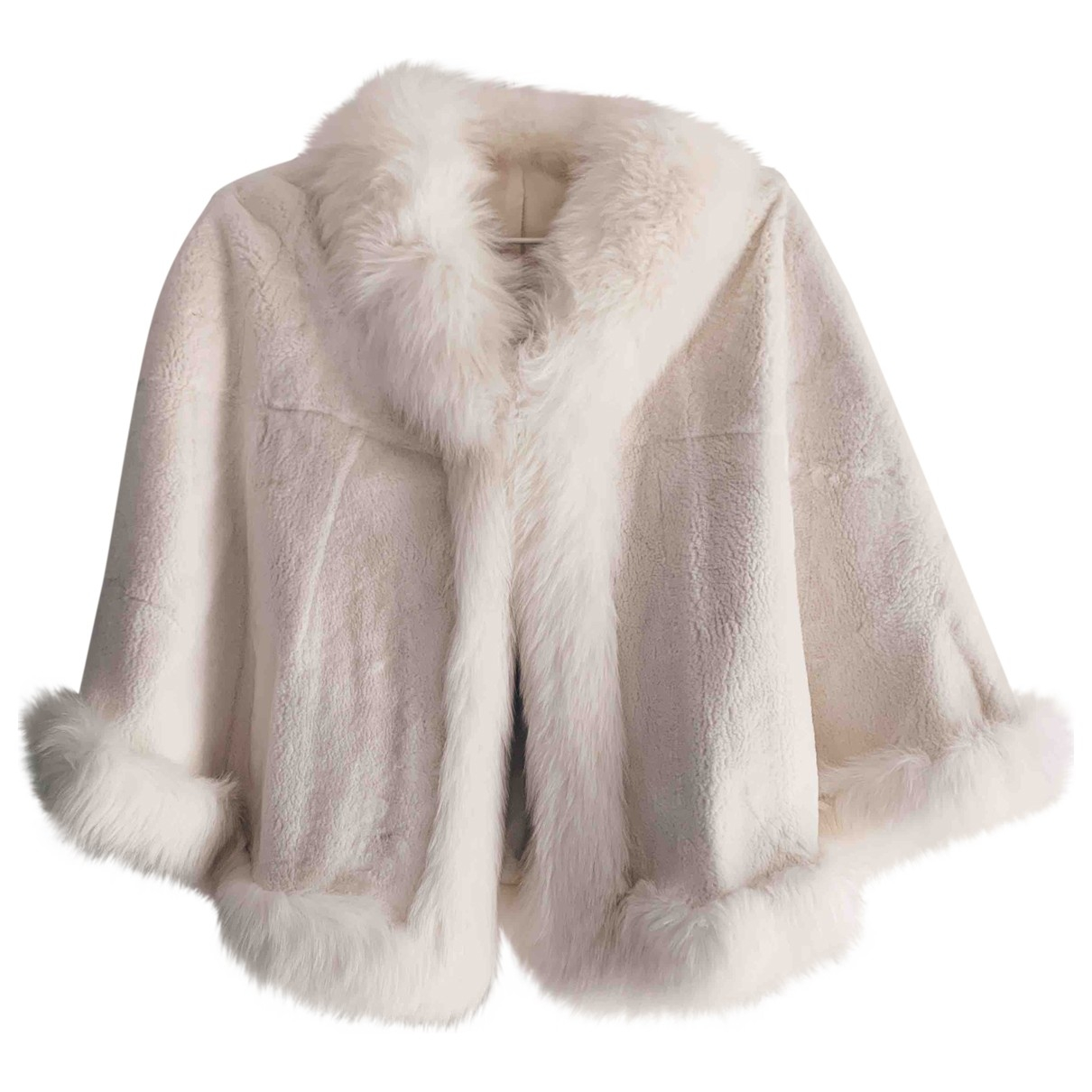 Non Signe / Unsigned \N Jacke in  Weiss Kaninchen